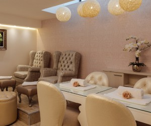 Reception_area_at_Relax_Spa.jpg